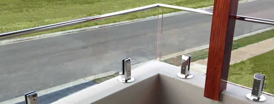 A Full Range Of Pool Fencing Supplies For Your Glass Pool