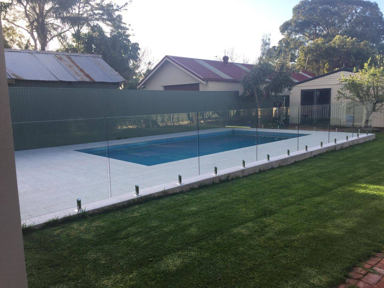glass pool fencing installation fast quotes over the phone